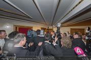 Opernball 2017 - Staatsoper - Do 23.02.2017 - Medienrummel, Presse, Fotografen um Goldie HAWN, Richard LUGNER277