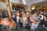 Opernball 2017 - Staatsoper - Do 23.02.2017 - Medienrummel, Presse, Fotografen um Goldie HAWN, Richard LUGNER284