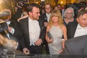 Opernball 2017 - Staatsoper - Do 23.02.2017 - Medienrummel, Presse, Fotografen um Goldie HAWN, Richard LUGNER286