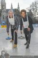 SuperFit Charity Eisstockschießen - Rathausplatz - Mi 08.03.2017 - Michael KONSEL, Arabella KIESBAUER3