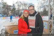 SuperFit Charity Eisstockschießen - Rathausplatz - Mi 08.03.2017 - Sylvia GRAF, Alex LIST8
