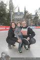 SuperFit Charity Eisstockschießen - Rathausplatz - Mi 08.03.2017 - Familie Alex und Tanja LIST mit Sohn Felix9
