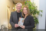 Barbara Stöckl Buchpräsentation - Thalia, Landstraße - Mi 08.03.2017 - Barbara ST�CKL mit Ehemann Fritz RIFFER1