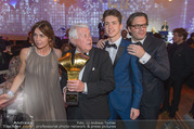FIlmball Vienna 2017 - Rathaus - Fr 24.03.2017 - Peter WECK mit Tochter Barbara, Sohn Philipp und Enkelsohn210