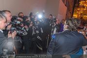 FIlmball Vienna 2017 - Rathaus - Fr 24.03.2017 - Peter WECK im Blitzlichtgewitter, Fotografen, Presse213