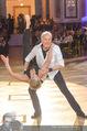 Dancer against Cancer Frühlingsball - Hofburg - Sa 25.03.2017 - Hans-Georg und Karin HEINKE bei Tanzauff�hrung141