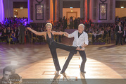 Dancer against Cancer Frühlingsball - Hofburg - Sa 25.03.2017 - Hans-Georg und Karin HEINKE bei Tanzauff�hrung147