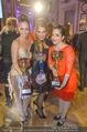 Dancer against Cancer Frühlingsball - Hofburg - Sa 25.03.2017 - Siegerfoto Adriana ZARTL, Verena PFL�GER, Caroline ATHANASIADIS389