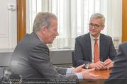 ABB übernimmt B&R PK - Park Hyatt - Mi 05.04.2017 - Ulrich SPIESSHOFER, Reinhold MITTERLEHNER53