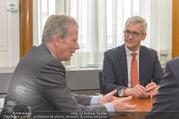ABB übernimmt B&R PK - Park Hyatt - Mi 05.04.2017 - Ulrich SPIESSHOFER, Reinhold MITTERLEHNER54