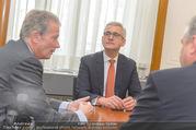ABB übernimmt B&R PK - Park Hyatt - Mi 05.04.2017 - Ulrich SPIESSHOFER, Reinhold MITTERLEHNER55