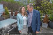 Richard Lugners Neue - Alhambra Lugner City - Do 20.04.2017 - Richard LUGNER, Andrea vom Badesee16