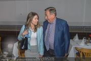 Richard Lugners Neue - Alhambra Lugner City - Do 20.04.2017 - Richard LUGNER, Andrea vom Badesee45