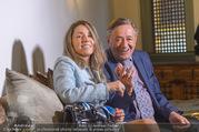 Richard Lugners Neue - Alhambra Lugner City - Do 20.04.2017 - Richard LUGNER, Andrea vom Badesee58