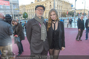 Amadeus Austria Music Awards 2017 - Volkstheater - Do 04.05.2017 - Zoe STRAUB, Willi RESETARITS (Ostbahn Kurti)45