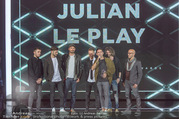 Amadeus Austria Music Awards 2017 - Volkstheater - Do 04.05.2017 - Julian LE PLAY mit Band152