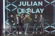 Amadeus Austria Music Awards 2017 - Volkstheater - Do 04.05.2017 - Julian LE PLAY mit Band155