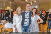 Charity Promi Modenschau - Eventcenter Leobersdorf - Sa 13.05.2017 - Julia CENCIG, Clemens TRISCHLER, Andrea L�ARRONGE59
