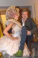 Lifeball PK - LeMeridien - Mo 22.05.2017 - Alfons HAIDER mit verkleideter Hostess8