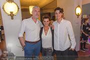 SKY Champions League Finale - Volkstheater - Sa 03.06.2017 - Sabine PETZL mit Freund Holger und Sohn Sascha40
