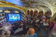 SKY Champions League Finale - Volkstheater - Sa 03.06.2017 - �bersichtsfoto Zuschauerraum Public Viewing Leinwand G�ste59