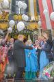 Waltraud Haas 90er - Marchfelderhof - Mi 07.06.2017 - Waltraud HAAS, Luftballons steigen f�r Erwin STRAHL60