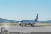 Lifeball Flieger Ankunft - Flughafen Wien Schwechat - Fr 09.06.2017 - Flugzeug, Landebahn, Ankunft, Abflug4