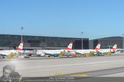 Lifeball Flieger Ankunft - Flughafen Wien Schwechat - Fr 09.06.2017 - Flugzeug, Landebahn, Ankunft, Abflug5
