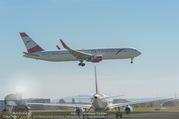 Lifeball Flieger Ankunft - Flughafen Wien Schwechat - Fr 09.06.2017 - Lifeball Flieger Ankunft Flugzeug, Landebahn, Ankunft18