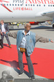Lifeball Flieger Ankunft - Flughafen Wien Schwechat - Fr 09.06.2017 - Dionne WARWICK31