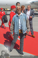 Lifeball Flieger Ankunft - Flughafen Wien Schwechat - Fr 09.06.2017 - Dionne WARWICK34