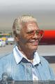 Lifeball Flieger Ankunft - Flughafen Wien Schwechat - Fr 09.06.2017 - Dionne WARWICK (Portrait)37