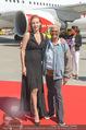 Lifeball Flieger Ankunft - Flughafen Wien Schwechat - Fr 09.06.2017 - Dionne WARWICK, Ute LEMPER43