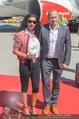 Lifeball Flieger Ankunft - Flughafen Wien Schwechat - Fr 09.06.2017 - Gelila ASSEFA, Gery KESZLER51