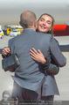 Lifeball Flieger Ankunft - Flughafen Wien Schwechat - Fr 09.06.2017 - 61