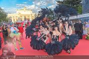 Lifeball - Red Carpet - Rathausplatz - Sa 10.06.2017 - Kost�me, verkleidete G�ste26