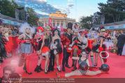Lifeball - Red Carpet - Rathausplatz - Sa 10.06.2017 - G�ste, Kost�me58