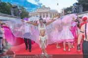 Lifeball - Red Carpet - Rathausplatz - Sa 10.06.2017 - G�ste, Kost�me63