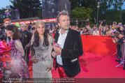 Lifeball - Red Carpet - Rathausplatz - Sa 10.06.2017 - Markus BREITENECKER, Jenny ROSE90