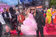 Lifeball - Red Carpet - Rathausplatz - Sa 10.06.2017 - Conny KREUTER, Fadi MERZA102