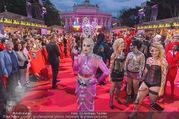 Lifeball - Red Carpet - Rathausplatz - Sa 10.06.2017 - G�ste, Kost�me107