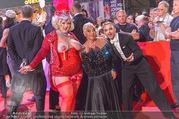 Lifeball - Red Carpet - Rathausplatz - Sa 10.06.2017 - Jazz GITTI, Willi GABALIER, Busenfr�ulein130