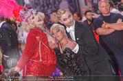 Lifeball - Red Carpet - Rathausplatz - Sa 10.06.2017 - Jazz GITTI, Willi GABALIER, Busenfr�ulein135