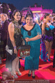 Lifeball - Red Carpet - Rathausplatz - Sa 10.06.2017 - Maria HAPPEL mit Tochter Annemarie NOCKER166