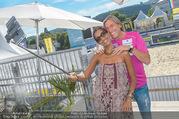 Promi Beachvolleyball - Strandbad Baden - Mi 14.06.2017 - Norbert BLECHA mit Freundin Monika10
