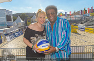 Promi Beachvolleyball - Strandbad Baden - Mi 14.06.2017 - Roberto BLANCO mit Ehefrau Luzandra43