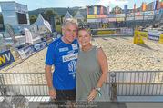 Promi Beachvolleyball - Strandbad Baden - Mi 14.06.2017 - Walter Schoko SCHACHNER mit Ehefrau Cornelia Conny59
