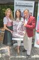 Jungwzinzerinnen Presseshooting - Heuriger Feuerwehr Wagner - Di 04.07.2017 - Wendy NIGHT, Ellen LEDERM�LLER, Richard LUGNER16