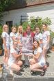 Jungwzinzerinnen Presseshooting - Heuriger Feuerwehr Wagner - Di 04.07.2017 - Richard LUGNER mit Kalendermodels21