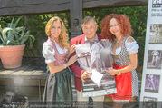 Jungwzinzerinnen Presseshooting - Heuriger Feuerwehr Wagner - Di 04.07.2017 - Richard und Christina LUGNER, Wendy NIGHT22